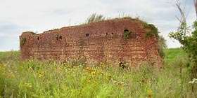 Remaining walls of the Ooijse field oven of the brick factory built in 1872